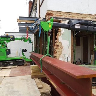 2.4-Tonne-Beam-Installation-in-Surrey2