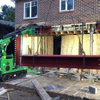 700kg-Steel-Beams-Installation-in-Crowthorne2