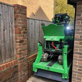 800kg-Steel-Beam-Installation-in-Finchampstead1