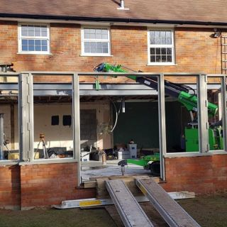 800kg-Steel-Beams-Installation-in-Leighton-Buzzard