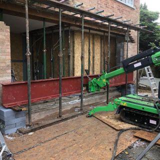 Heavy-Steel-Beam-Installation-in-Farnham
