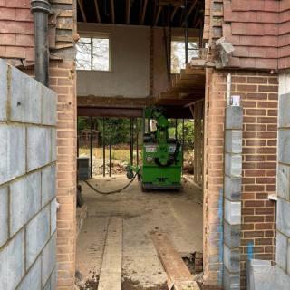 Heavy-Steel-Beam-Installation-in-Guildford3