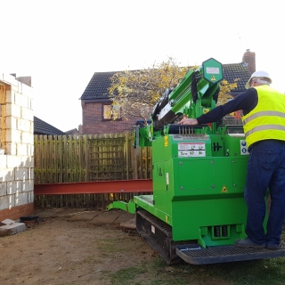 The Hooka moving 450kg steel I-beam through very tight access site, only 1.1 metres width, the Hooka is only 1 metre wide. Hired from Hook-up Solutions call 07971 174 523 for Southern Hire or 01462 499 642 for Eastern Hire
