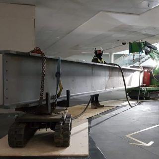 Indoor-Steel-Beam-Installation-for-Jaguar-Land-Rover2