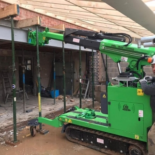 Large-Steel-Beam-Installation-in-Leicestershire2