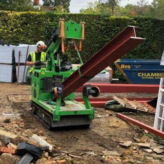 Six-Steel-Beams-Installed-in-Farnham1