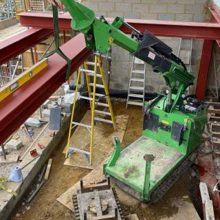 Steel-Beam-Installation-in-a-Restricted-Space-in-London2