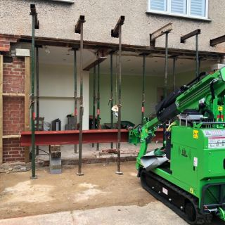 Steel-Beam-Installation-in-Bournemouth1