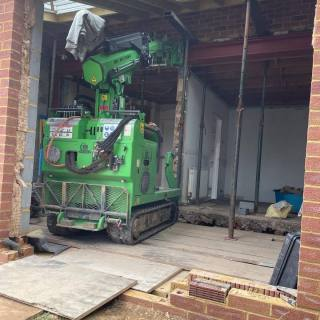 Steel-Frame-Assembly-in-Walton-on-Thames1