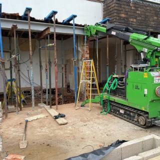 Steel-Picture-Frame-Beam-Installation-in-Wimbledon
