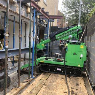 Tight-Steel-Beam-Installation-in-Berkhamsted2