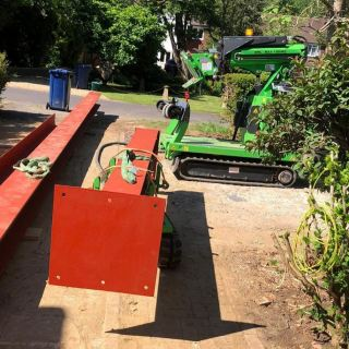 Very-Large-Steel-Beam-Installation-in-Guildford4