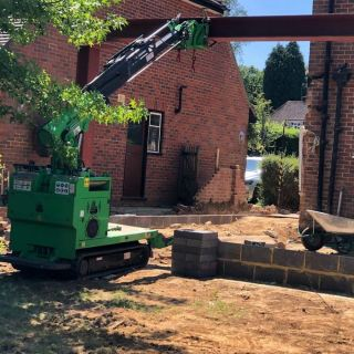 Very-Large-Steel-Beam-Installation-in-Guildford5