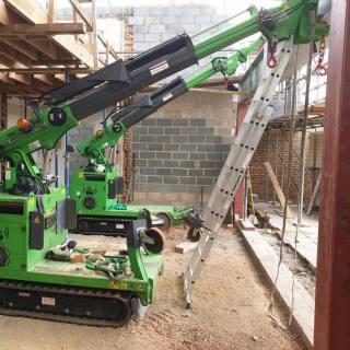 Very-Tight-Steel-Beam-Installation-in-Hampton-Court4