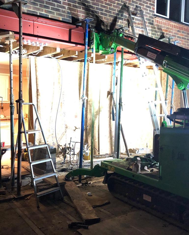 700kg Steel Beams Installation in Crowthorne