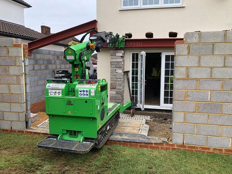 700kg Cranked Beam Installation in Uxbridge